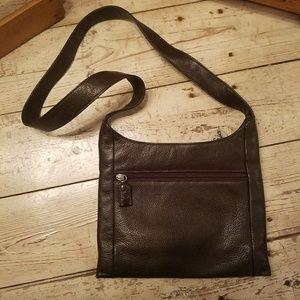 0d93f7f0fbf1 The Sak Bags - 🌼FLASH SALE🌼 Soft brown leather SAK purse
